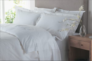 The Fine Bedding linen Shot-lo
